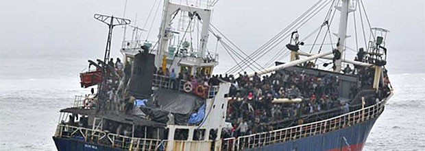 refugee boat to cananda
