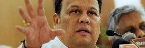 Mahinda Samarasinghe speaking to media in Sri Lanka (File photo)