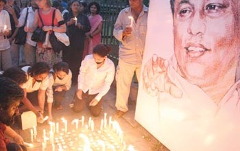 Vigil for slain Sri Lankan journalist Lasantha Wickrematunge